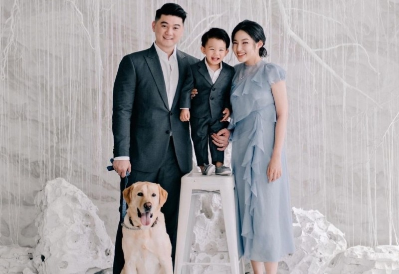 https: img.okezone.com content 2021 08 27 612 2461819 dari-chef-arnold-hingga-lucky-hakim-ini-4-selebriti-dengan-anjing-kesayangannya-YtspAy5GOd.jpg