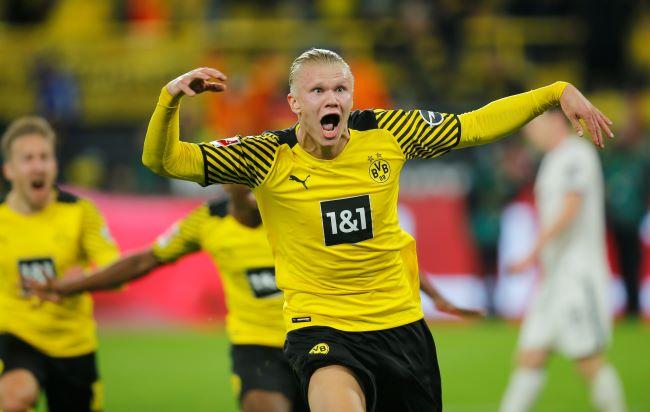 https: img.okezone.com content 2021 08 28 51 2462402 gol-telat-erling-haaland-menangkan-dortmund-atas-hoffenheim-8lisawWjIN.JPG