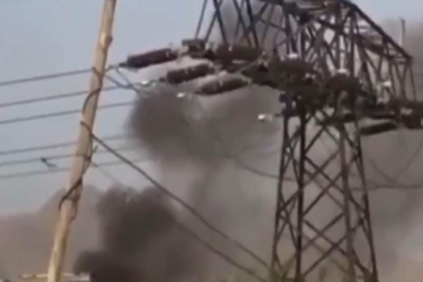 https: img.okezone.com content 2021 08 29 18 2462979 ledakan-kembali-guncang-bandara-kabul-afghanistan-diduga-seorang-anak-tewas-4KY1CQhgM6.jpg