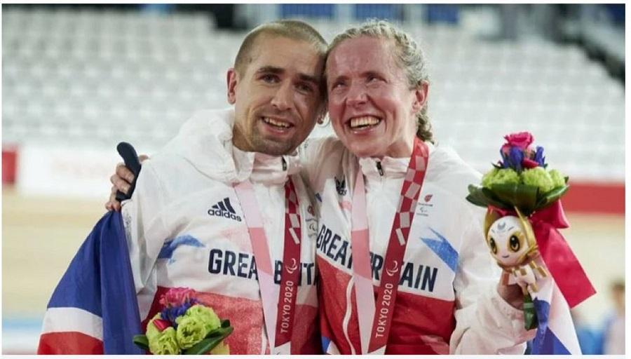 https: img.okezone.com content 2021 08 29 43 2462888 sejarah-sepasang-suami-istri-raih-medali-emas-paralimpiade-tokyo-2020-S4Zi6kRv6h.jpg