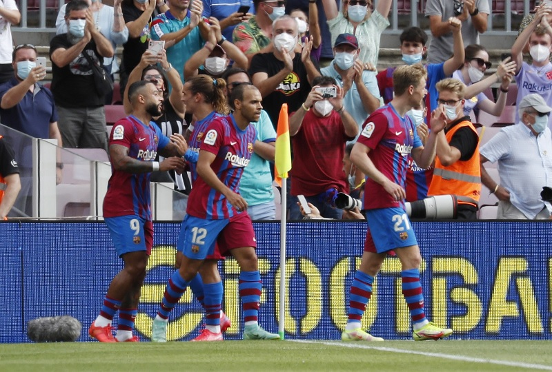 https: img.okezone.com content 2021 08 29 46 2462985 hasil-liga-spanyol-barcelona-vs-getafe-blaugrana-menang-tipis-di-camp-nou-TPtGfAp8Mj.jpg