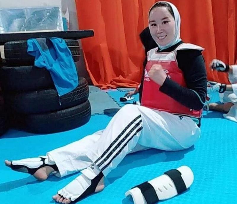 https: img.okezone.com content 2021 08 30 43 2463027 paralimpiade-tokyo-2020-2-atlet-afghanistan-hanya-akan-fokus-ke-pertandingan-oDj1Ujwipz.jpg