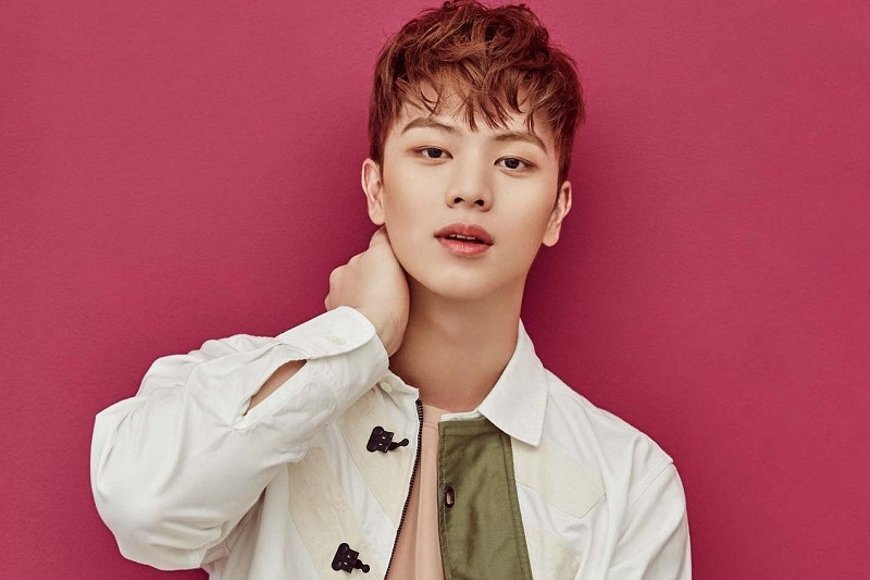 https: img.okezone.com content 2021 08 31 205 2464085 btob-rilis-album-baru-yook-sungjae-beri-dukungan-A6LwFb6iVL.jpg