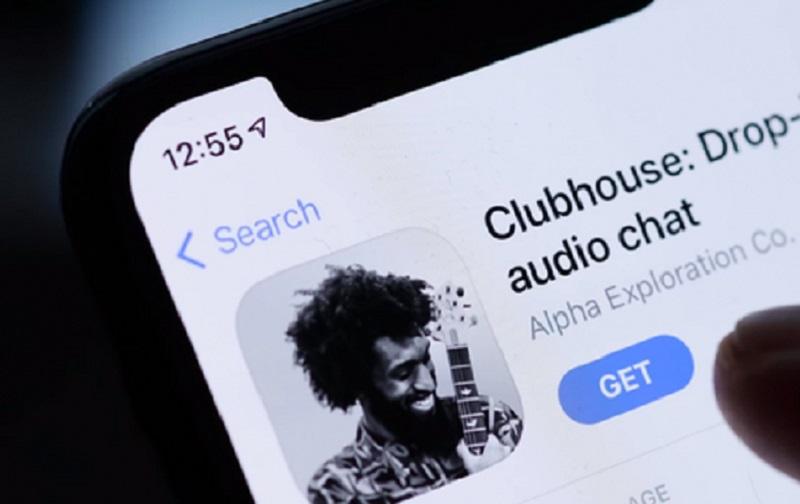 https: img.okezone.com content 2021 08 31 57 2463683 mengenal-fitur-audio-spasial-clubhouse-apa-itu-HpK2YaDDhD.jpg