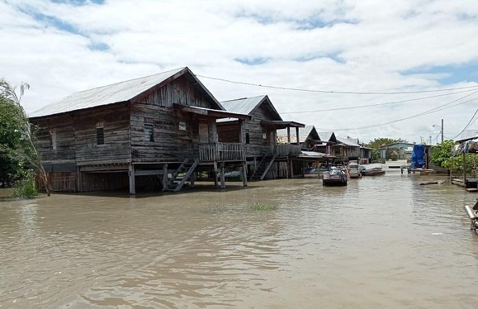 https: img.okezone.com content 2021 09 01 609 2464743 banjir-landa-sidenreng-rappang-sulsel-652-warga-terdampak-oUDKRsgeiN.jpeg