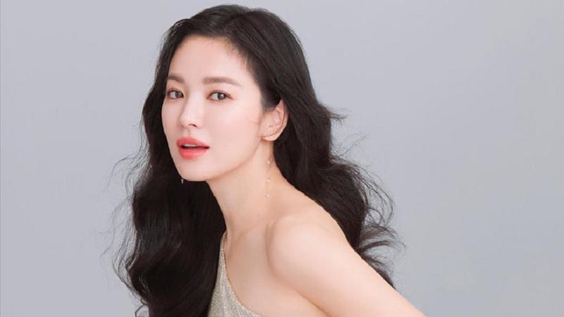 https: img.okezone.com content 2021 09 01 611 2464742 4-rahasia-kecantikan-song-hye-kyo-usia-39-tahun-masih-seperti-abg-BIci6xfXQU.jpg
