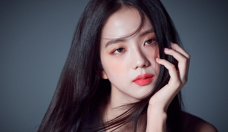 https: img.okezone.com content 2021 09 01 612 2464173 netizen-korea-memilih-inilah-3-k-pop-idol-yang-paling-cantik-vCgiAy91nZ.jpg