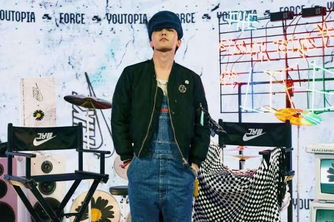 https: img.okezone.com content 2021 09 02 194 2465363 g-dragon-hingga-kai-exo-5-kpop-idol-ini-punya-kontribusi-besar-pada-fashion-kZAAASR8Na.jpeg