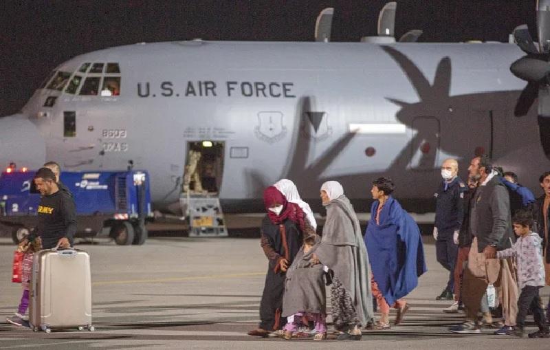 https: img.okezone.com content 2021 09 03 18 2465419 bocah-5-tahun-pengungsi-afghanistan-yang-makan-jamur-beracun-meninggal-di-polandia-cQGJF58KMt.jpg