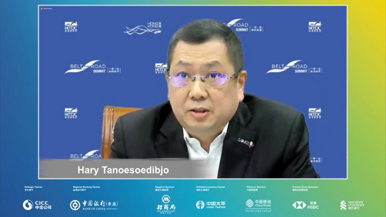 https: img.okezone.com content 2021 09 03 320 2465426 berbicara-di-belt-and-road-summit-2021-hary-tanoesoedibjo-indonesia-agresif-dalam-inisiatif-digital-W9fo9gq60R.jpg