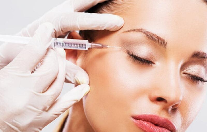 https: img.okezone.com content 2021 09 03 611 2465616 beautypedia-botox-dan-risikonya-8p3i5gYdeT.jpg