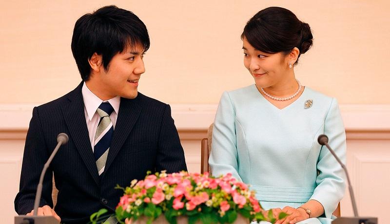 https: img.okezone.com content 2021 09 03 612 2465599 putri-mako-jepang-tolak-rp19-5-miliar-demi-menikah-dengan-pria-rakyat-jelata-QiSA3MJJCc.jpg