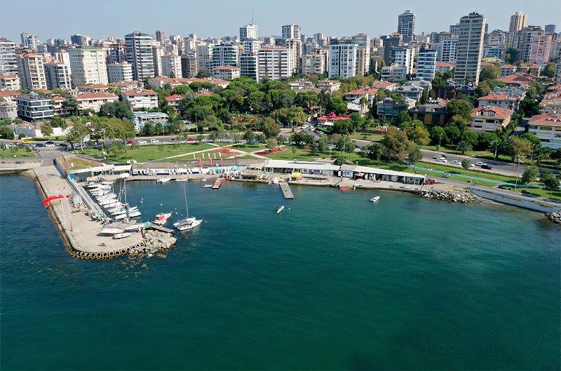 https: img.okezone.com content 2021 09 04 406 2466234 laut-marmara-sudah-bersih-dari-lendir-pantai-istanbul-kembali-cantik-yNKL3ryDpv.jpg