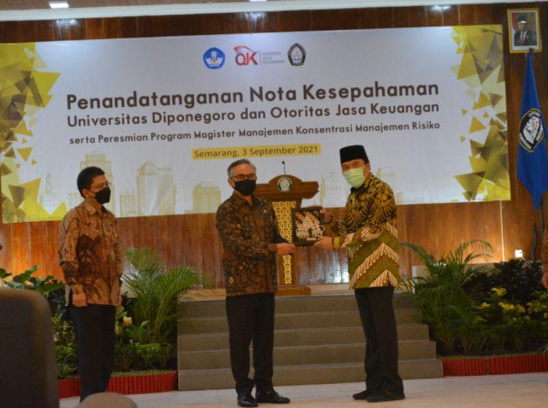https: img.okezone.com content 2021 09 04 65 2466082 program-magister-konsentrasi-manajemen-risiko-undip-jadi-satu-satunya-di-indonesia-5erGmGb2M1.jpg