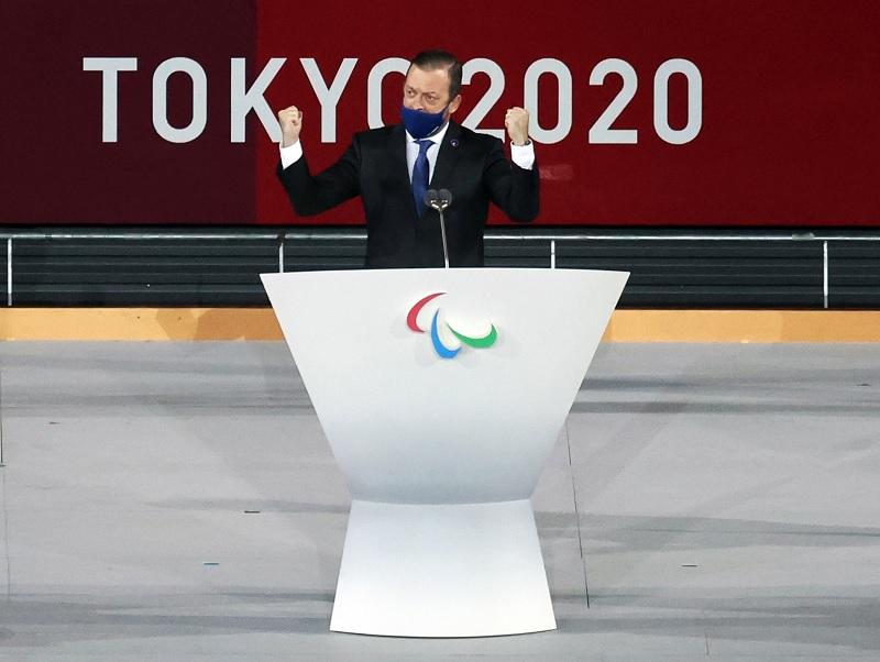 https: img.okezone.com content 2021 09 05 43 2466529 presiden-ipc-resmi-tutup-paralimpiade-tokyo-2020-CqmNfLufZg.jpg