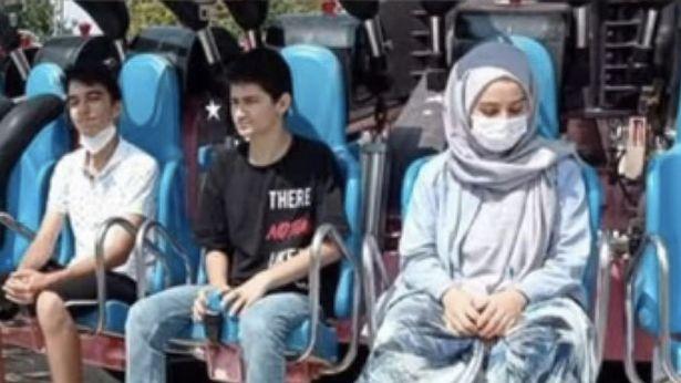 https: img.okezone.com content 2021 09 06 406 2467010 gadis-remaja-meninggal-tersedak-muntahnya-sendiri-saat-naik-roller-coaster-Wyryp4aEoS.jpg