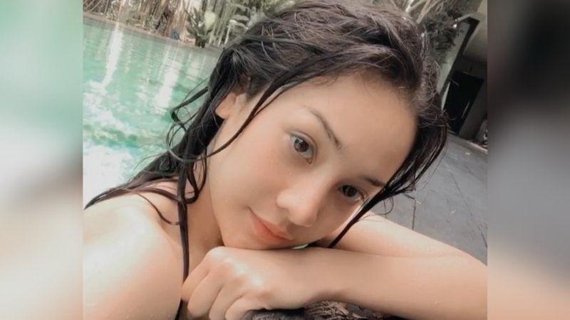 https: img.okezone.com content 2021 09 07 194 2467169 anya-geraldine-pose-pakai-bikini-di-air-terjun-netizen-putih-bersih-berseri-dBShnOkixw.jpg