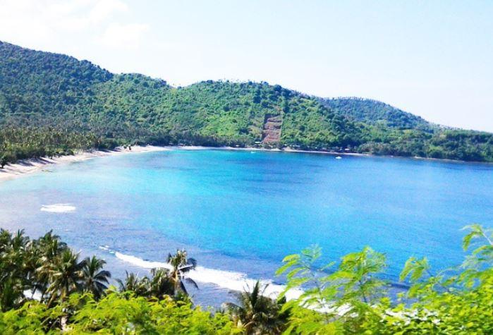 https: img.okezone.com content 2021 09 07 408 2467214 punya-sejuta-pesona-jangan-lupakan-pantai-senggigi-si-cantik-pulau-lombok-1gXCKxfM2h.JPG
