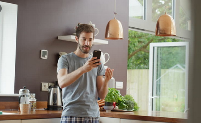https: img.okezone.com content 2021 09 07 57 2467598 penyebab-smartphone-kepanasan-dan-cara-mengatasinya-HG9vJAVcNS.jpg
