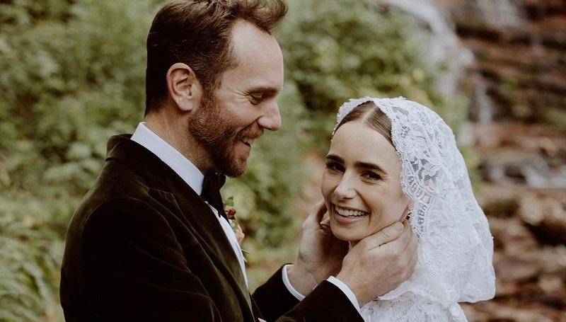 https: img.okezone.com content 2021 09 08 194 2468372 cantiknya-lily-collins-pakai-gaun-pengantin-bergaya-klasik-di-hari-pernikahan-TJj9R0NggH.jpg