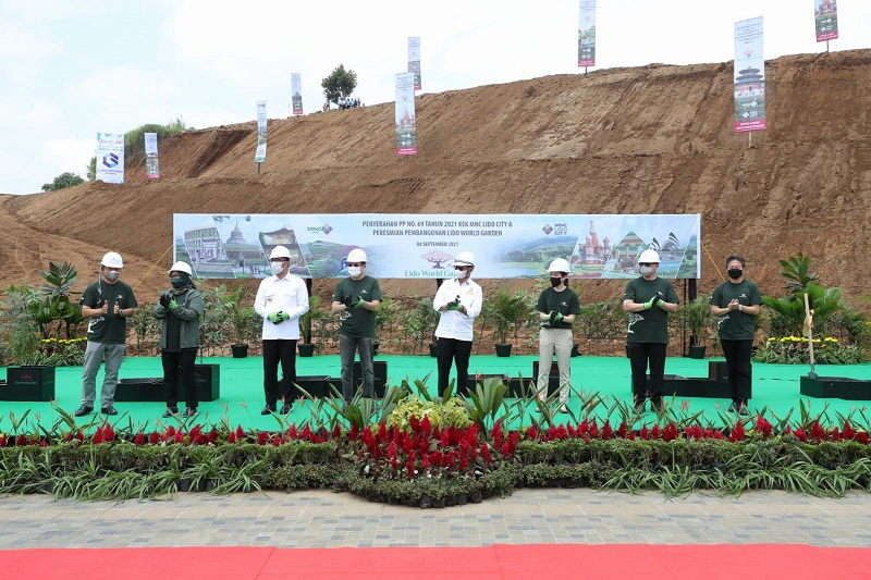https: img.okezone.com content 2021 09 08 470 2468056 mentan-dukung-proyek-lido-world-garden-berbasis-teknologi-dBppTRPsaU.jpg
