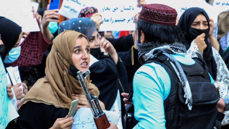 https: img.okezone.com content 2021 09 09 18 2468559 pemberontak-afghanistan-minta-dunia-tak-akui-pemerintahan-baru-taliban-VAjhsc9RSw.jpg
