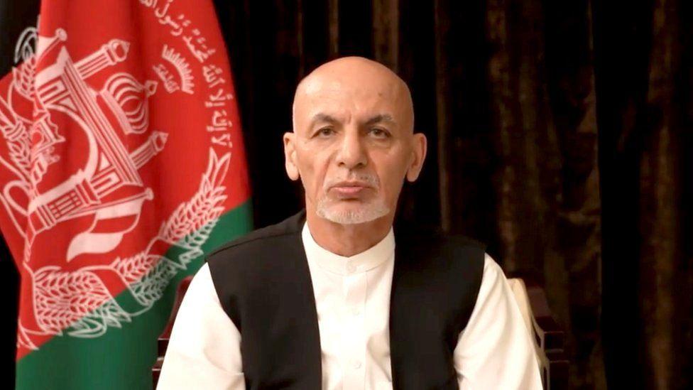https: img.okezone.com content 2021 09 09 18 2468642 mantan-presiden-afghanistan-minta-maaf-usai-melarikan-diri-bantah-bawa-kabur-uang-sebesar-rp2-4-triliun-XVx2q93Ivt.jpg