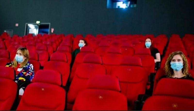 https: img.okezone.com content 2021 09 09 206 2468920 bioskop-akan-dibuka-14-september-penonton-wajib-vaksin-GMkqLfksmi.jpg