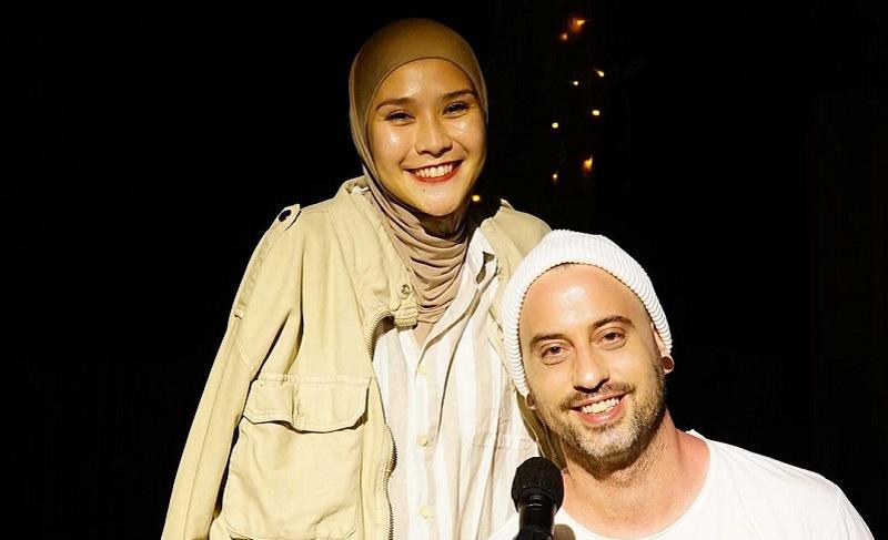 https: img.okezone.com content 2021 09 09 33 2468637 ulang-tahun-ke-34-zaskia-adya-mecca-duet-bareng-dave-moffats-bOwRMCcZ4v.jpg