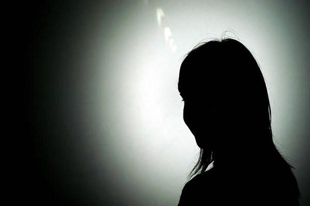 https: img.okezone.com content 2021 09 09 340 2468418 dituduh-suka-suami-orang-di-medsos-gadis-cantik-ini-lapor-polisi-QofT4RX1YO.jpg