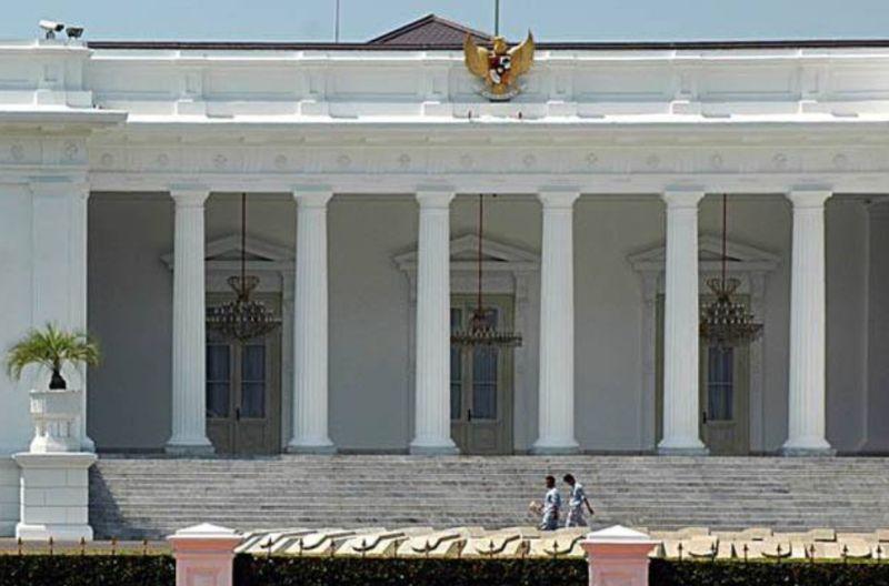 https: img.okezone.com content 2021 09 10 337 2469441 pan-merapat-istana-tepis-isu-reshuffle-kabinet-IhfKFJRrTV.jpg