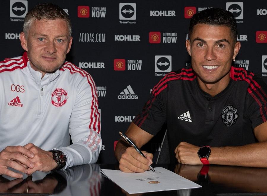 Balik ke Manchester United, Cristiano Ronaldo: Saya ke Sini Bukan untuk  Liburan : Okezone Bola
