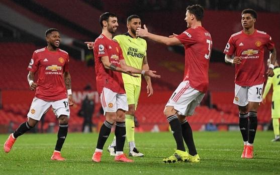 https: img.okezone.com content 2021 09 10 45 2469385 prediksi-skor-manchester-united-vs-newcastle-united-di-pekan-keempat-liga-inggris-2021-2022-o8bT8ciOYy.jpg