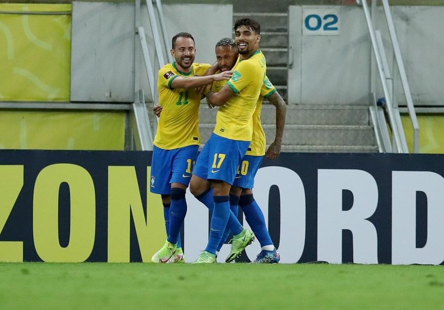 https: img.okezone.com content 2021 09 10 51 2469089 brasil-vs-peru-selecao-unggul-2-0-di-babak-pertama-uDet0pbxK7.jpg