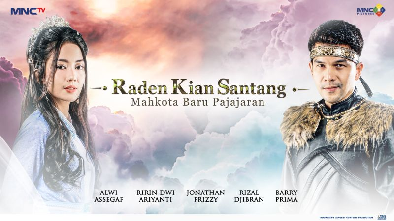 https: img.okezone.com content 2021 09 10 598 2469346 jonathan-frizzy-ririn-dwi-ariyanti-semakin-bikin-seru-musim-terbaru-sinetron-raden-kian-santang-mahkota-baru-pajajaran-XgWGcXfoEK.jpg