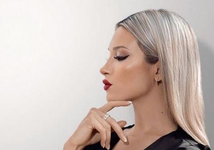 https: img.okezone.com content 2021 09 11 51 2469640 5-perempuan-cantik-argentina-yang-rebut-hati-pesepakbola-bintang-nomor-1-luluhkan-hati-cristiano-ronaldo-ejDXt51cFm.jpg