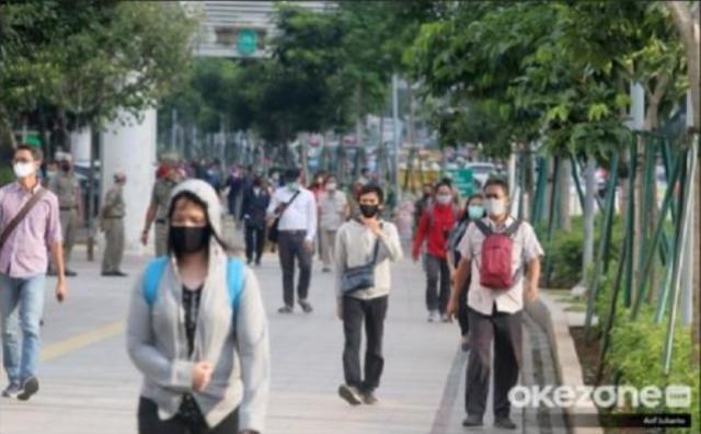 https: img.okezone.com content 2021 09 12 481 2469998 dokter-ungkap-syarat-suatu-negara-bisa-hidup-berdampingan-dengan-pandemi-NzsWzY8tMT.jpg