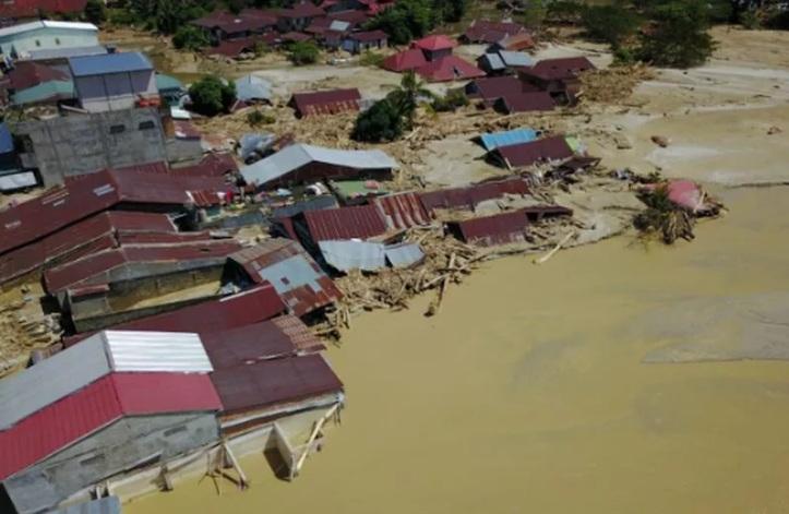 https: img.okezone.com content 2021 09 13 337 2470703 4-banjir-terparah-yang-pernah-landa-indonesia-nRBjPhR3xO.jpg