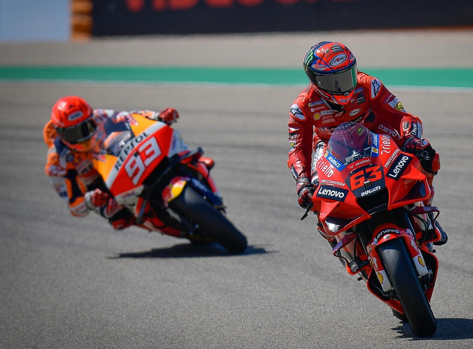 https: img.okezone.com content 2021 09 13 38 2470402 juara-motogp-aragon-2021-francesco-bagnaia-disebut-marc-marquez-mirip-andrea-dovizioso-cdaDQOddSQ.jpg