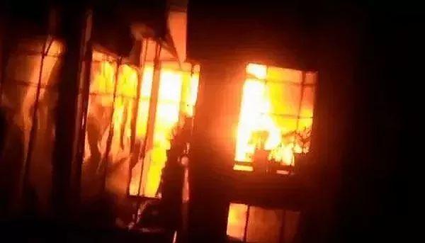 https: img.okezone.com content 2021 09 14 337 2471303 calon-tersangka-kebakaran-lapas-tangerang-lebih-dari-satu-orang-fubf87tGY3.jpg