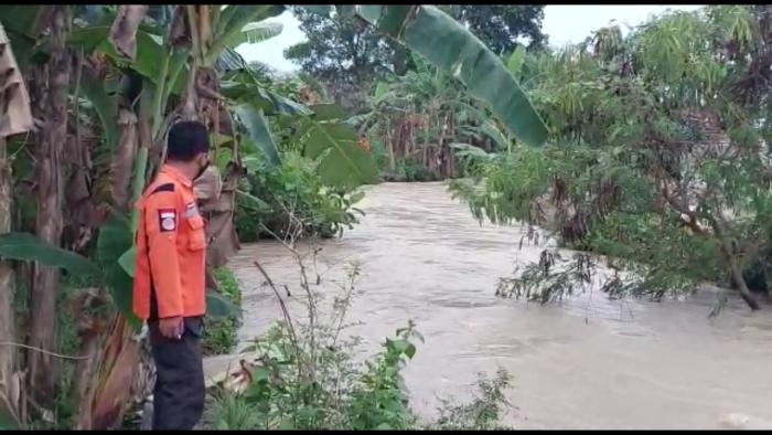 https: img.okezone.com content 2021 09 14 340 2471350 bocah-11-tahun-hilang-terseret-arus-banjir-di-kota-serang-sAHhzCXegk.png