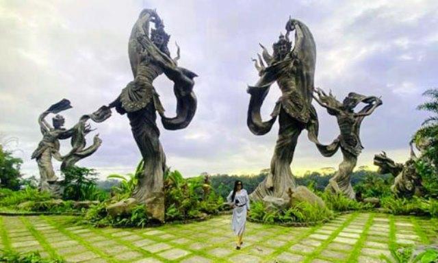https: img.okezone.com content 2021 09 14 408 2471259 pesona-taman-dedari-bali-wisata-bak-negeri-dongeng-lokasi-syuting-wonderland-indonesia-IOp57cITOO.jpg