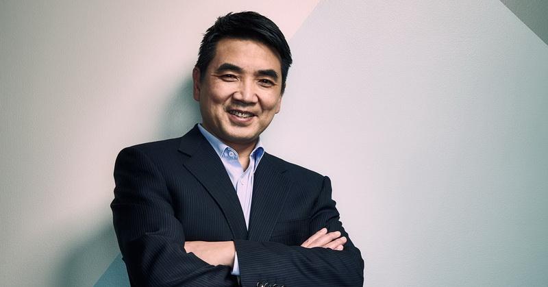 https: img.okezone.com content 2021 09 14 455 2470965 miliarder-eric-yuan-putar-otak-agar-bisnis-zoom-tak-ditinggal-ScCC4vCHgC.jpg