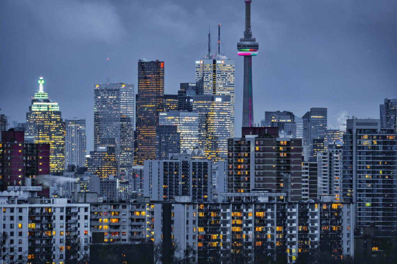 https: img.okezone.com content 2021 09 14 470 2470911 infrastruktur-dibangun-ibu-kota-baru-punya-landmark-yang-tingginya-melebihi-monas-0PbblQX34x.jpeg