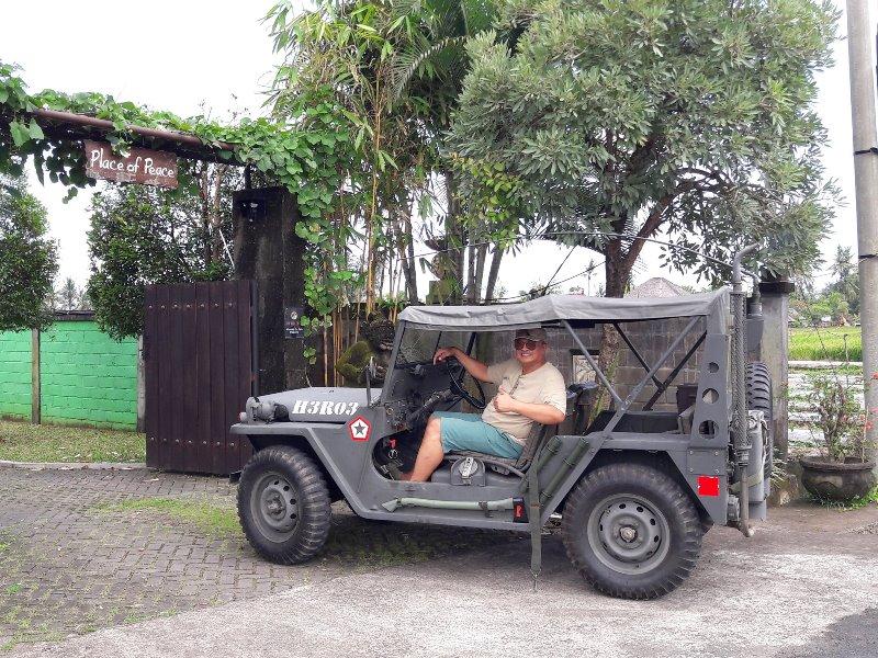 https: img.okezone.com content 2021 09 14 52 2471067 ini-dia-mobil-perang-jeep-utility-milik-sby-yang-direstorasi-heru-lelono-9sATJSklw5.jpg