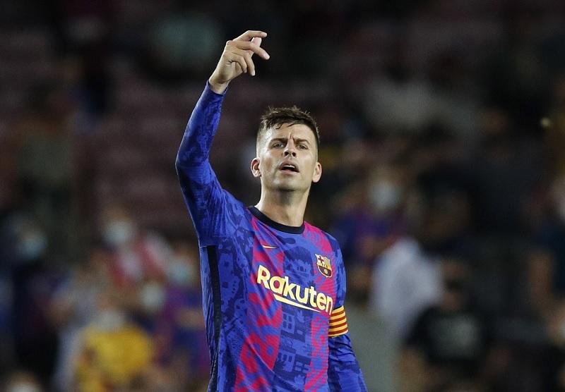 https: img.okezone.com content 2021 09 15 261 2471481 sesali-siulan-fans-ke-sergi-roberto-saat-barcelona-dihajar-bayern-munich-di-liga-champions-pique-itu-menyakitkan-en0nnBwZlP.jpg