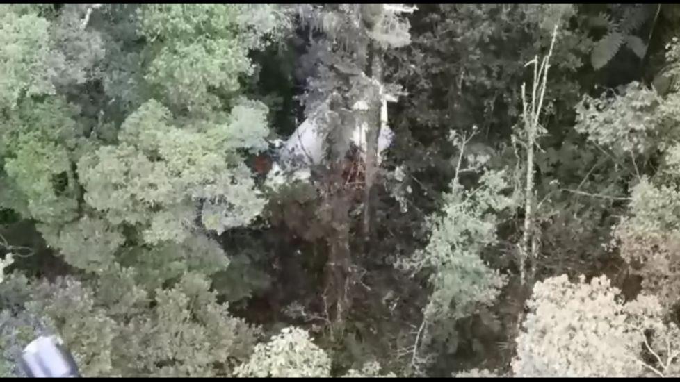 https: img.okezone.com content 2021 09 15 337 2471557 foto-foto-penampakan-pesawat-rimbun-air-jatuh-di-papua-kondisinya-mengkhawatirkan-hwqW0vsrVE.jpg