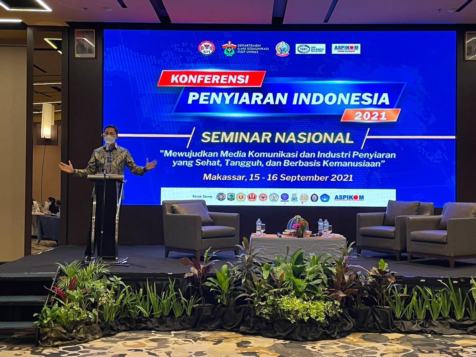 https: img.okezone.com content 2021 09 15 337 2471687 hadiri-konferensi-penyiaran-indonesia-sandiaga-uno-dorong-kolaborasi-semua-pihak-ciptakan-generasi-berakhlak-mulia-ewXitvDwFB.jpg