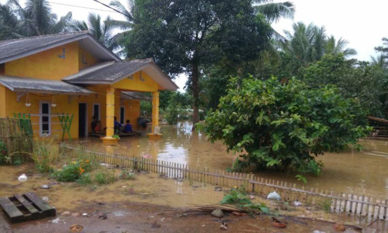 https: img.okezone.com content 2021 09 15 340 2471707 banjir-di-banten-berangsur-surut-4hrVh1af3P.jpg