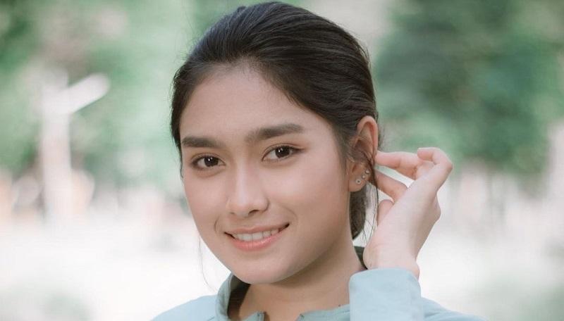 https: img.okezone.com content 2021 09 15 40 2471949 5-pemain-bulu-tangkis-yang-paling-cantik-nomor-1-jadi-sorotan-netizen-indonesia-wmRMoMz0sY.jpg